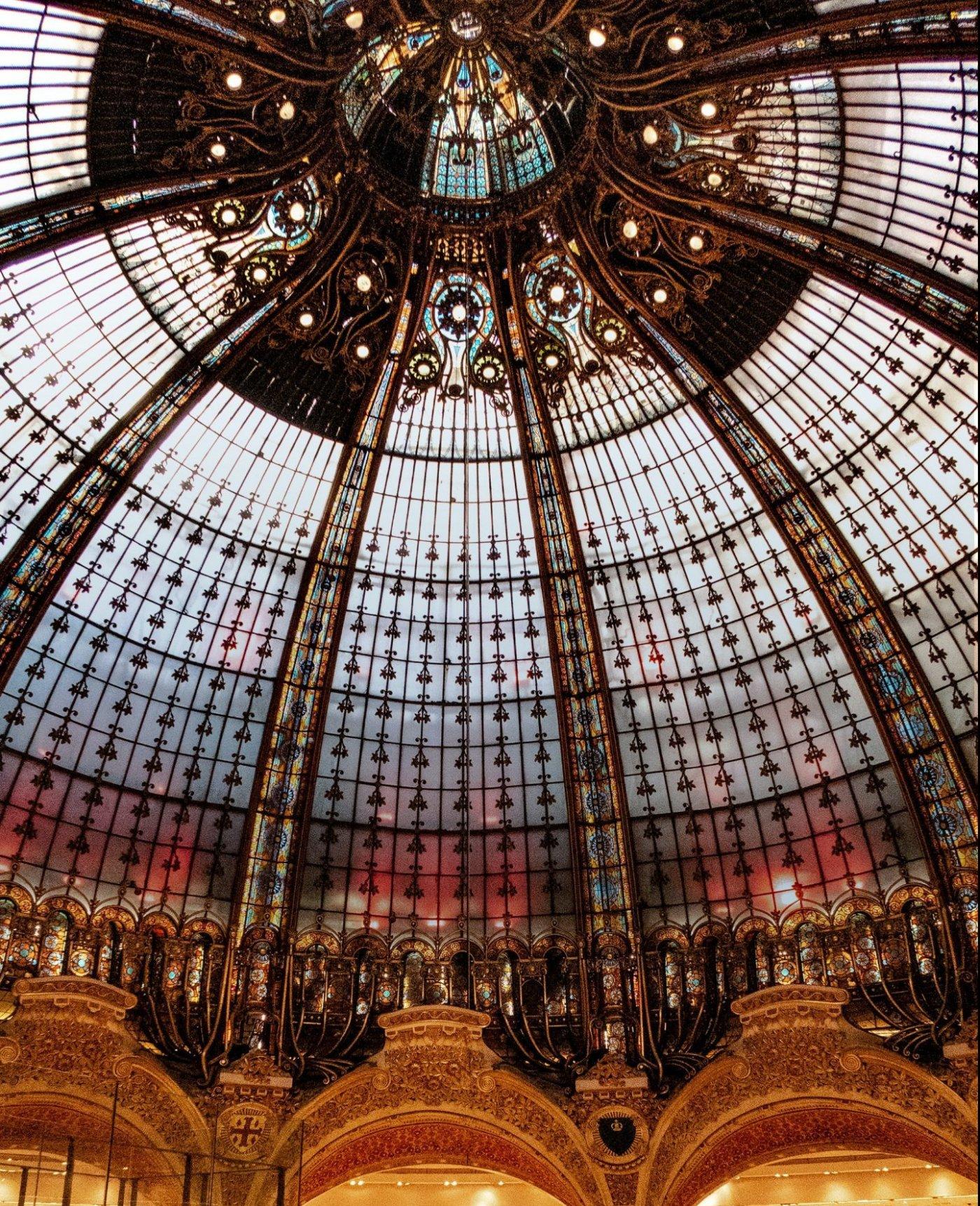 Galeries Lafayette - SPECTRE - Music case study
